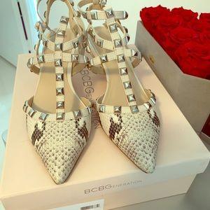 BCBG Niro Snake Skin Cute Shoes